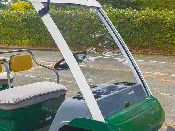 ゴルフカート用フロントシールド